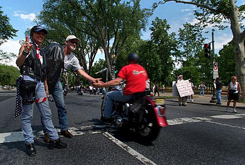 Whitt S Harley Davidson Rolling Thunder